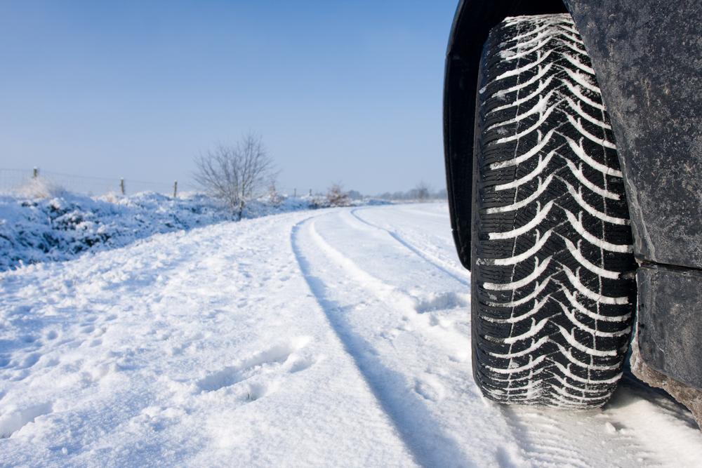 Какие зимние шины выбрать на холодное время года