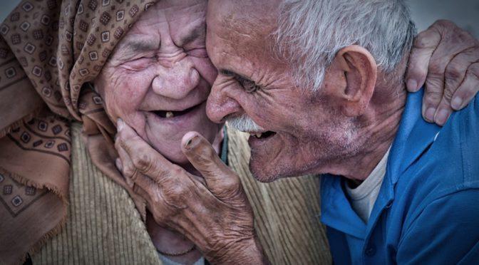 Результаты опроса: Назван главный признак старости