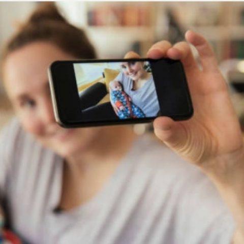 Этично ли выкладывать фотографии своих детей