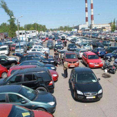 Самые покупаемые автомобили этим летом